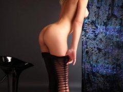 Sexy si provocatoare te pot purta in lumea fanteziei si a placerilor nebanuite,